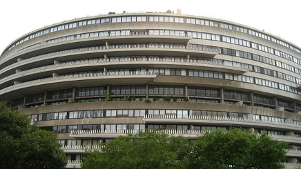Presidential scandal fails to draw bids for Watergate hotel ...