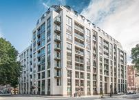 Barratt Homes' Courthouse luxury residential building in Westminster, designed by HLM Architects, is clad with Moleanos limestone, installed by Szerelmey