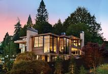 Joie De Vivre, a private residence in Oregon, features thermally broken Reynaers CS 68 windows